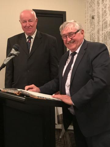 Alan Grey signs the Judges Register